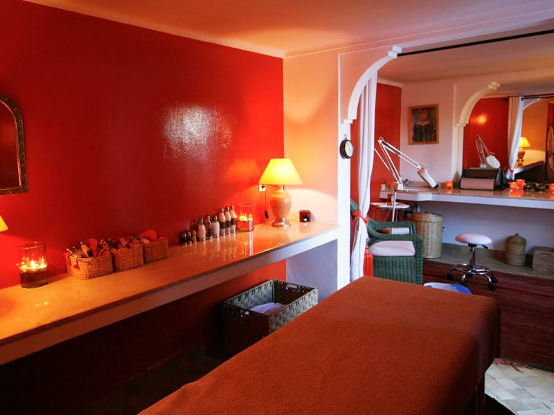 Noche sala de masaje azotar