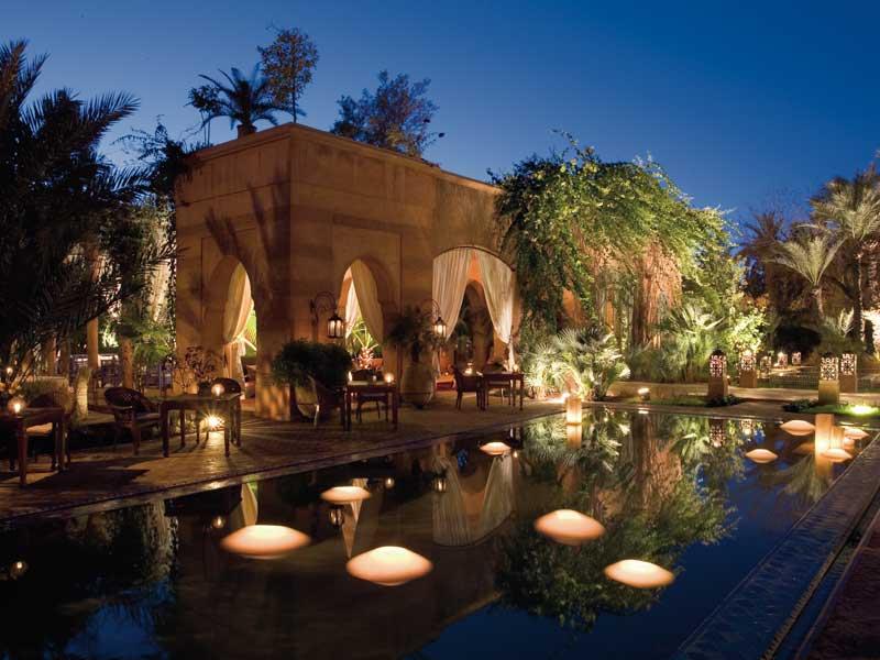 Descubre El Hotel Riad Dar Rhizlane En El Hivernage De